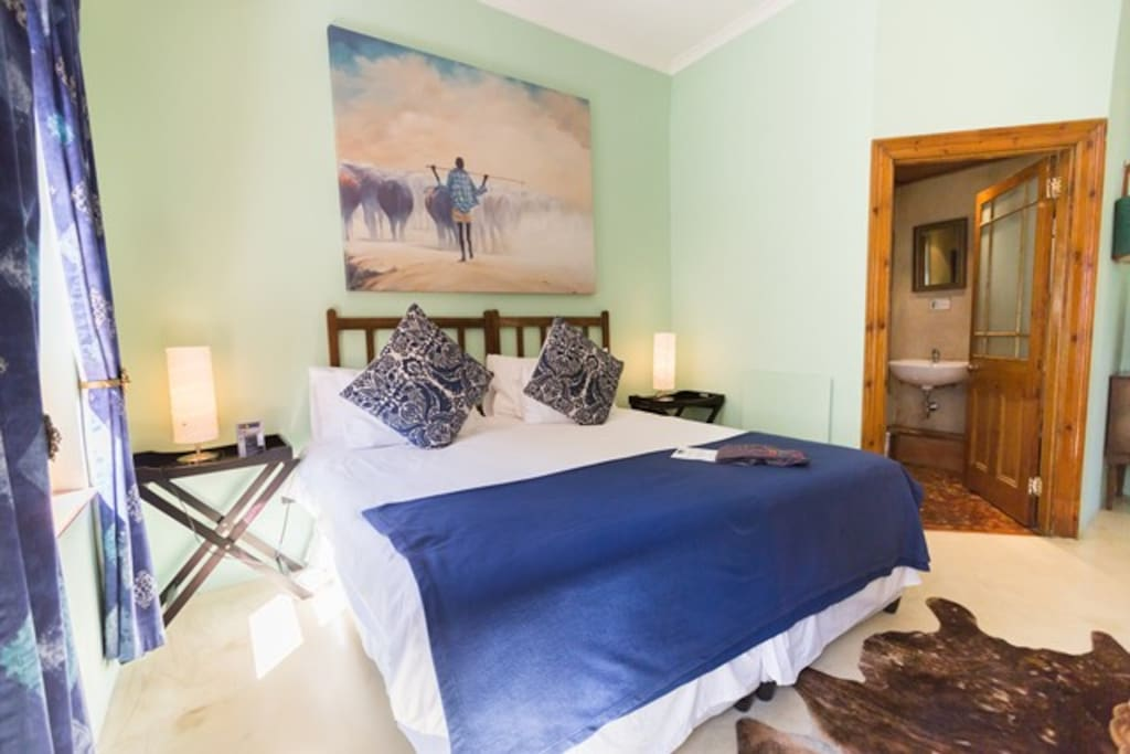 Bedroom with private en-suite bathroom