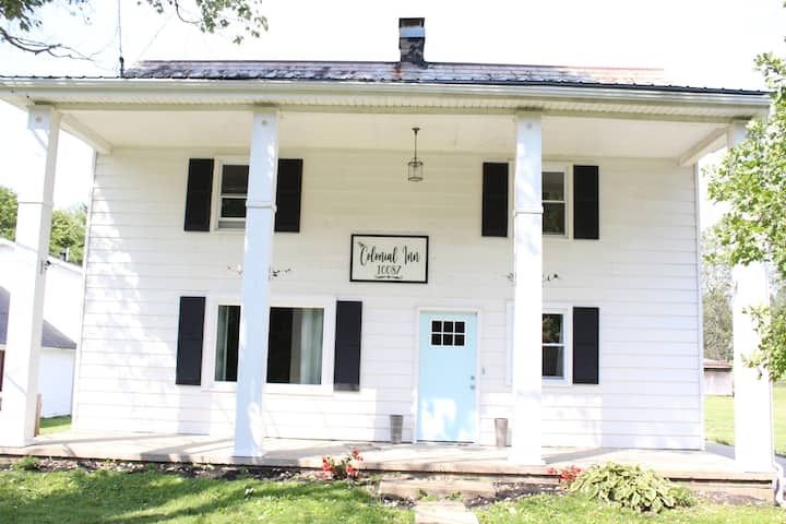 NEW LISTING!  Farm House in Heart of Hocking Hills