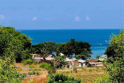 """Jiwa Laut Eco Rumah Atas «Hill TopRetreat """""""
