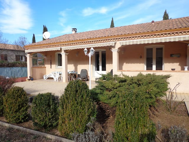 maison agréable - Lamalou-les-Bains - Casa de camp