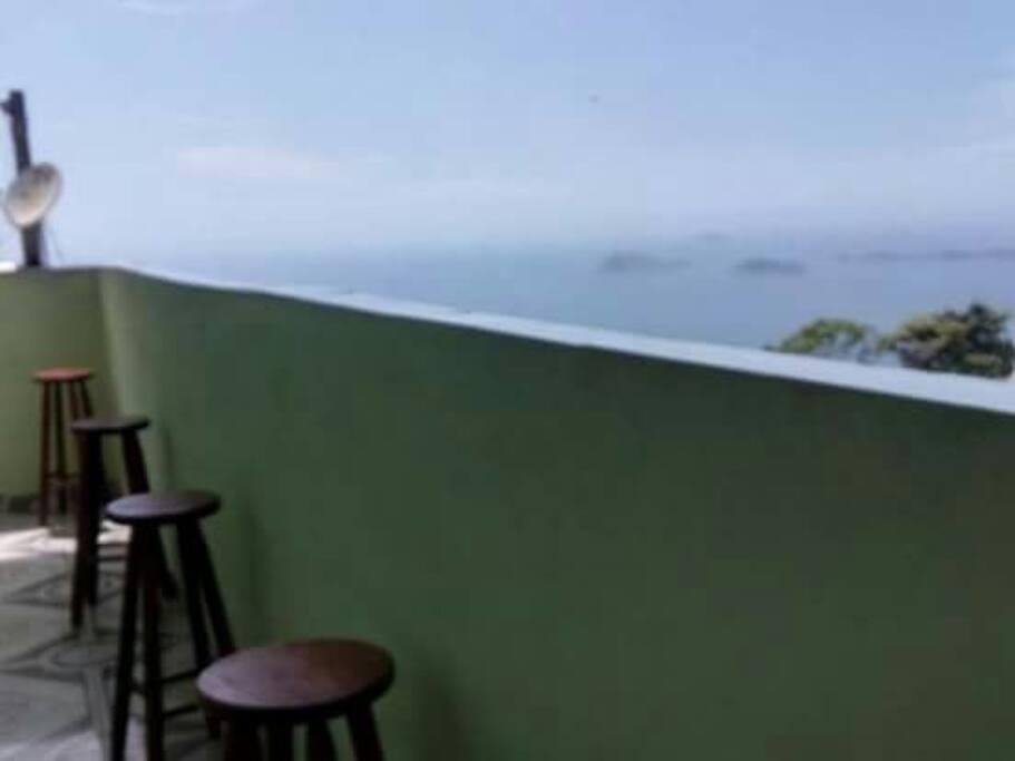 Varanda com vista ao mar
