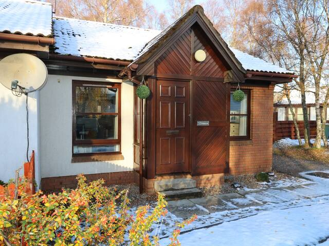 FOINAVEN, pet friendly, with a garden in Aviemore, Ref 967487