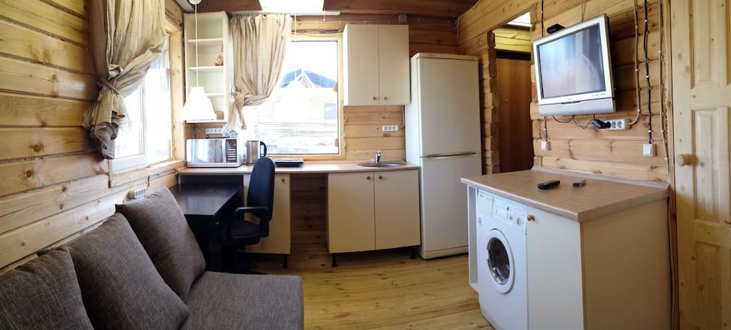 Уютный дом целиком у Петергофа - Nizino - Rumah