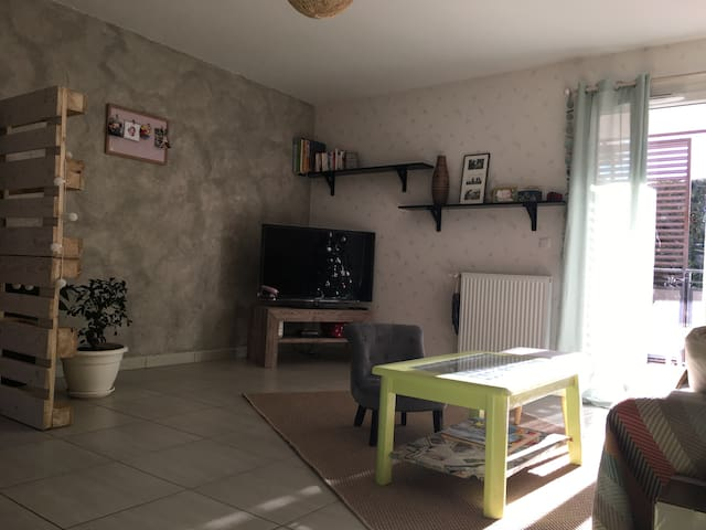 Appartement entre lac et stations de ski! - Thônes - Apartment