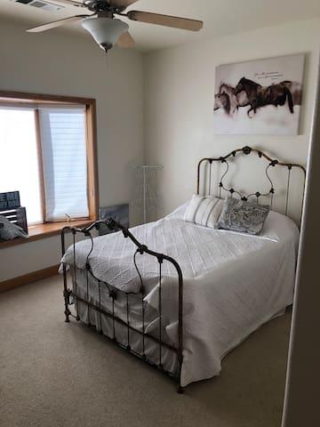 Beautiful Room For Yosemite (White Room)