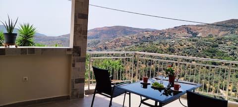 3_View Sougia&White Mountains,20' to Samaria Gorge