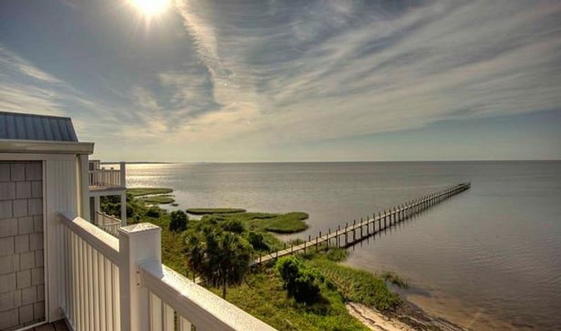 Bungalos by the Gulf...Forgotten Coast - Carrabelle - Apartemen