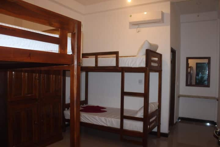 Gotbay Hostel has 20 bunk bed .close to beach and