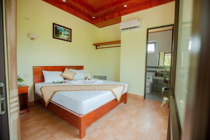 Hang Mua Family King bed Mountian View