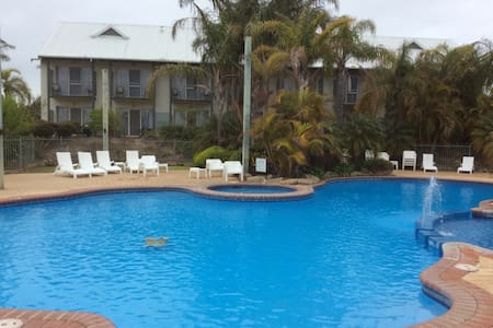 Relax by the pool or play some golf - Bunbury