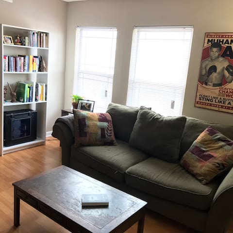 Cozy Derby Getaway - Louisville - Appartement