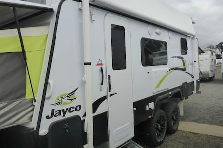 18ft Jayco Expanda to take with you - Ringwood - Karavan/RV