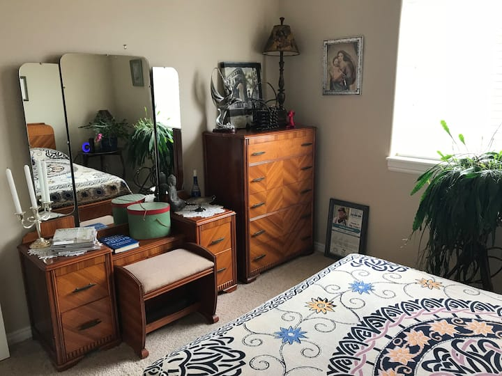 Cozy Room 10 minutes from the Perrine Bridge