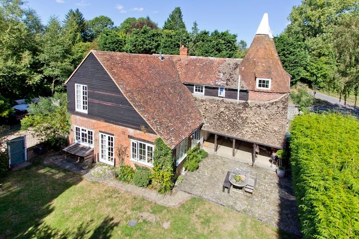Large family house in Kentish Weald - Kent
