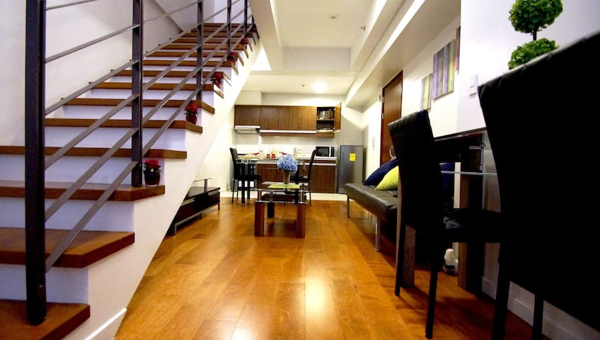 Modern 1-Bed Loft by Greenbelt Mall - Makati - Loft