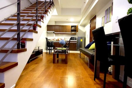 Modern 1-Bed Loft by Greenbelt Mall - Makati