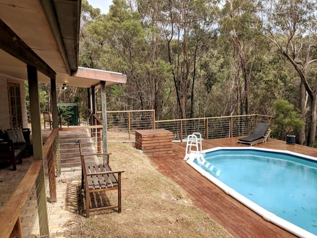 Escape To The Aussie Bush!