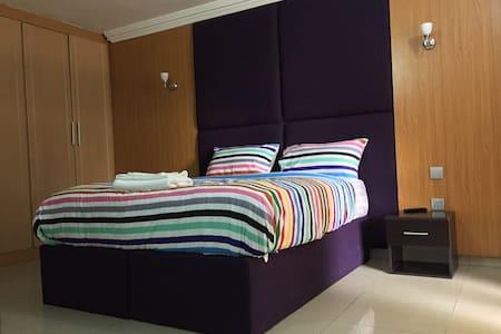 Cosy Private Room in Victoria Island Ikoyi Lagos - Eti-Osa