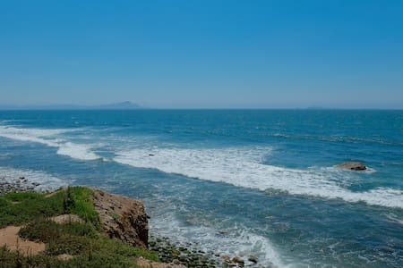Ensenada / Valle de Guadalupe / Surf Beach B