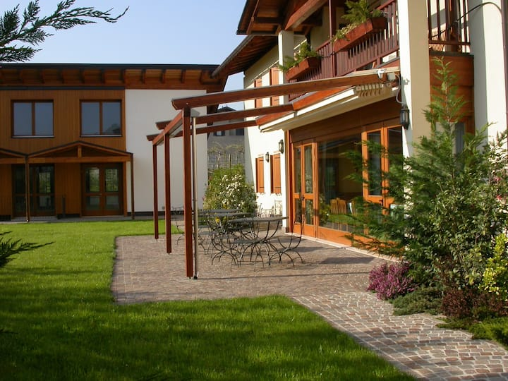 Appartamento piano terra direttamente sul giardino