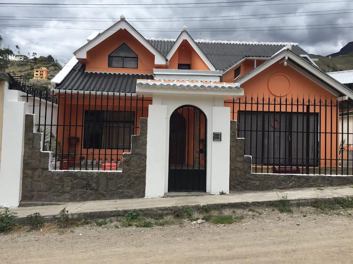 Casa privada completa en Girón, Azuay, Ecuador