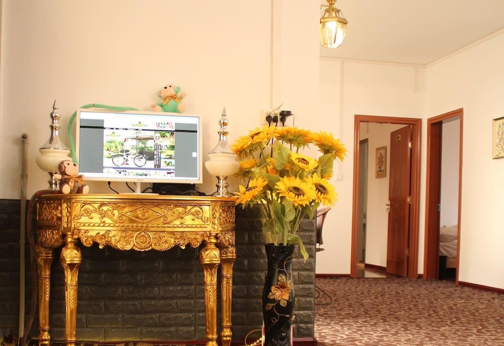 豪华雅致大厅,媲美星级酒店的软装修和智能芳香系统,免费无线上网