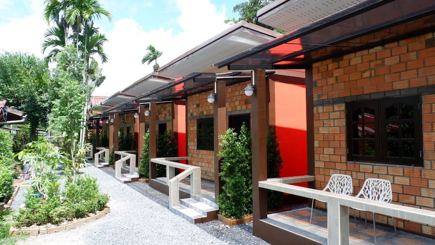 Praewa Villa ๑