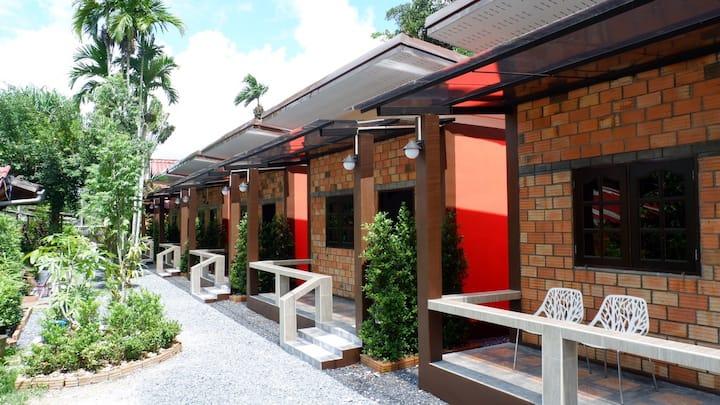 Aonang Arun house with the pool