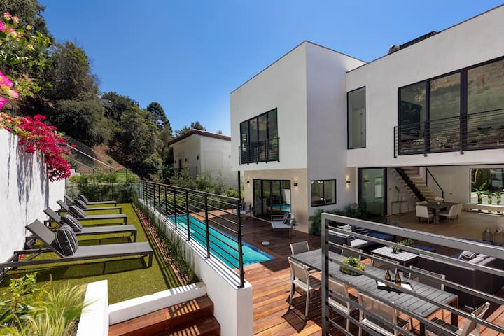 BRAND NEW BEVERLY HILLS HOME! 3 Min to SUNSETBLVD