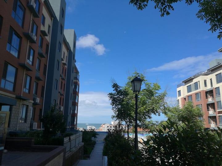 长岛海水浴场双面海景大床房整套出租