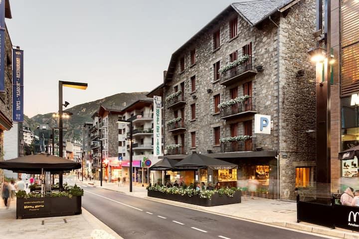 Double Room - Hotel de l'Isard