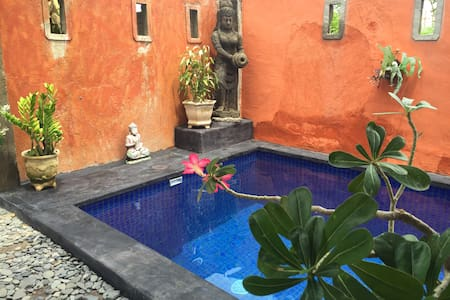 Villa with pool close to the beach - Buleleng