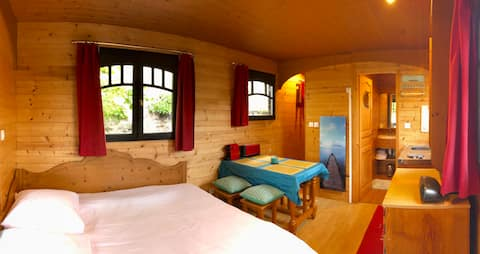 Millygite roulotte - 4 seasons Chalet-on-wheels