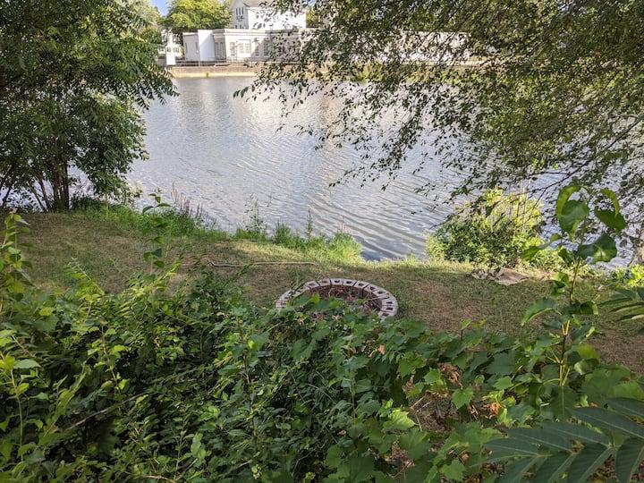 Apt B Jack's Joints on the River Raisin