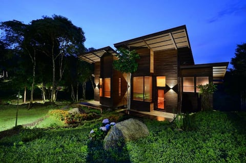 Spring Garden twin room, Kundasang, Mt. Kinabalu