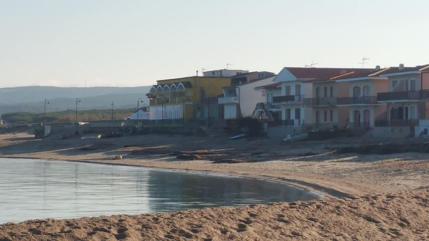 A 10 metri dalla spiaggia