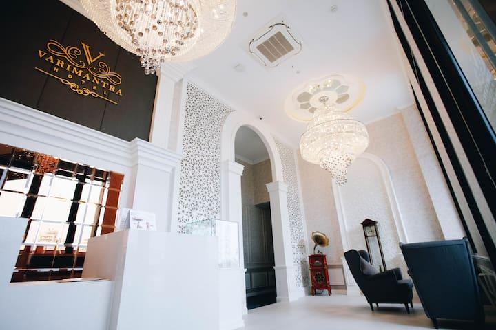 VARIMANTRA HOTEL