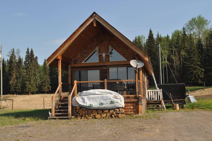Bulkley Riverfront Barnyard Cabin - Smithers