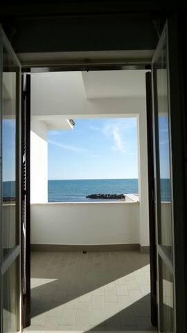 tre terrazze sul mare