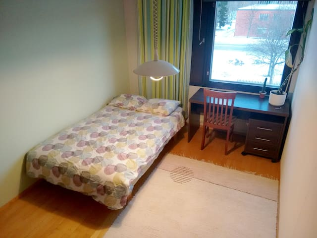 Simple room near the university - Lappeenranta