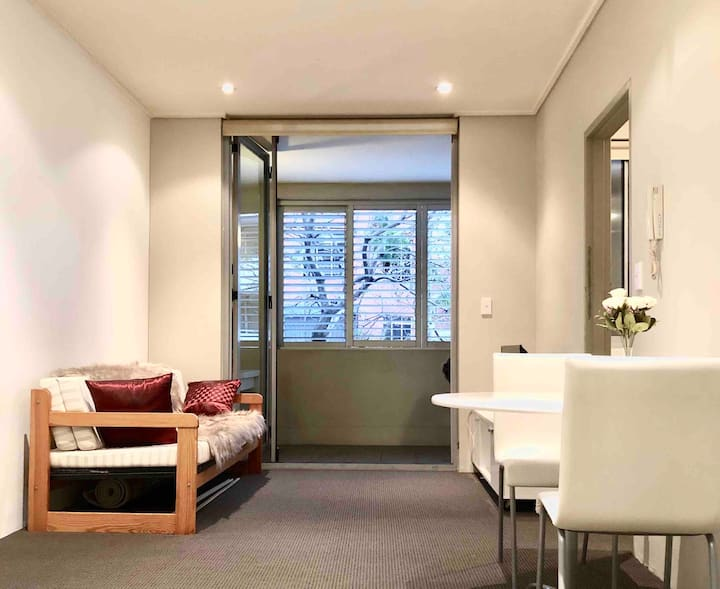 6a One bedroom apartment in Sydney City 3 beds