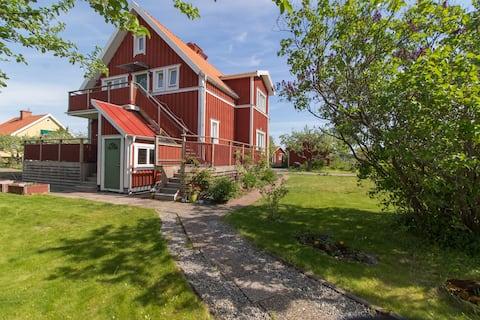 AlmbyBNB - Authentic Swedish Villa (90sqm)!
