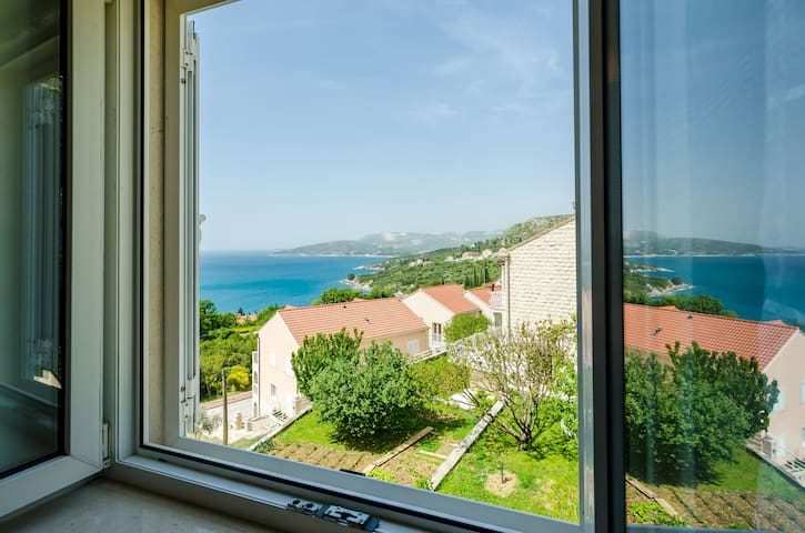Villa Panorama - Plat (A3) - Comfort One Bedroom Apartment with Balcony and sea View