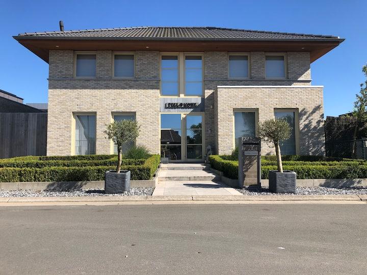 Cost villa near the centre of Gent