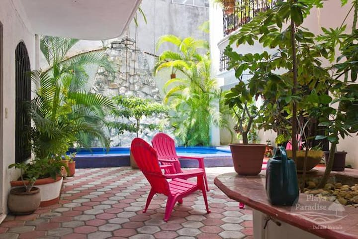Mexican House close the beach & 5th av with pool - Playa del Carmen - Appartement