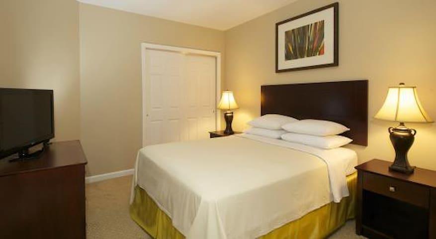 Luxury Resort Orlando 2BR, Disney & Universal