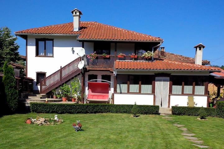 Karamiho House/Карамиховата къща