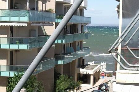 Apartment Central, 50 meters from sea - Perea - Apartment