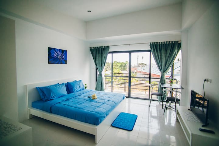 4.Comfortable apartment 32 sqm