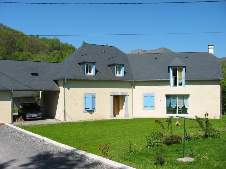 Belle maison moderne à 2 km d'Argeles-Gazost